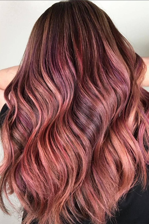 4 doskonałe sposoby na piękne i lśniące włosy po farbowaniu