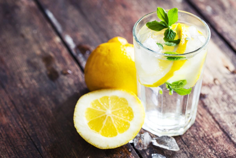 Woda z cytryną – mój naturalny sposób na pielęgnację skóry